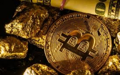 Can the Recent Bitcoin Dip Boost the Gold Price?